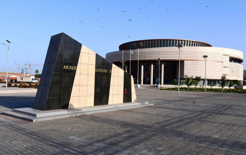«Le président Macky SALL et son Musée des Civilisations Noires : un pharaon des temps modernes» par M. Amadou Bal BA - http://baamadou.over-blog.fr/