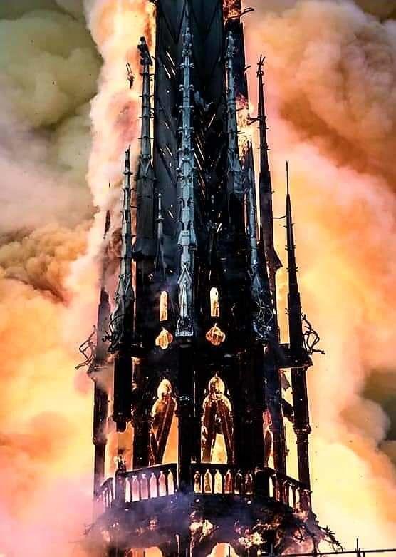 Notre-Dame de Paris, reconstruire une cathédrale d'Amour, de Solidarité et de Fraternité.