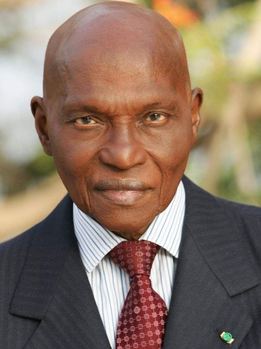 «Maître Abdoulaye WADE, un Pape du SOPI : artiste ou trublion de la politique ?», par M. Amadou Bal BA - http://baamadou.over-blog.fr/