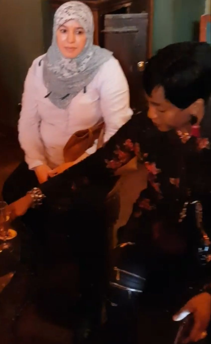 Mme Catherine BARATTI-ELBAZ et le repas du personnel de la Caisse des écoles du 12ème, au Pachamama» par Amadou Bal BA - http://baamadou.over-blog.fr/