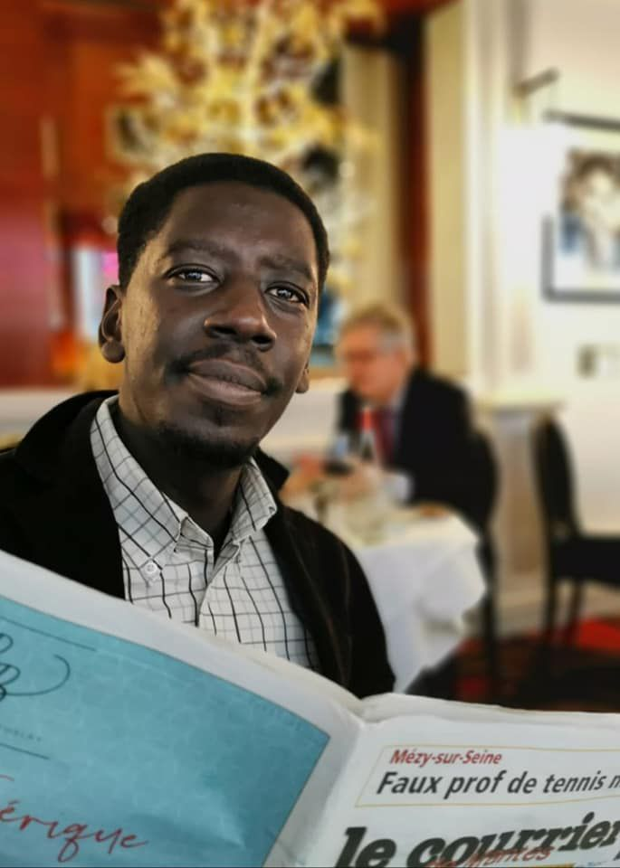 «Aboubakar SOUMBOUNOU, dit Bouba, soutient Agir aux Mureaux avec Agnès ETENDART» par M. Amadou Bal BA - http://baamadou.over-blog.fr/