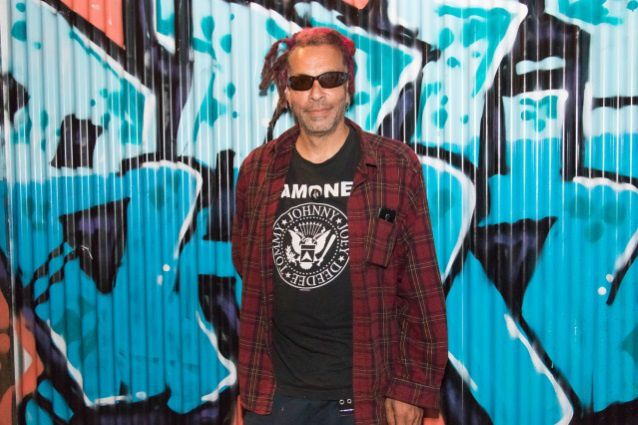 Décès du 1er chanteur de FAITH NO MORE Chuck Mosley
