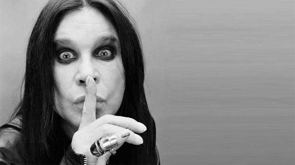 CHRONIQUE DU NOUVEL ALBUM D'OZZY : THE BATMAN ALWAYS MOVES ME AS MUCH.....
