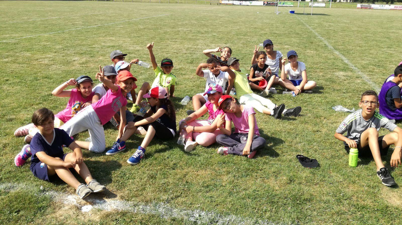 ME CRINS: Tournois de foot à Briatexte