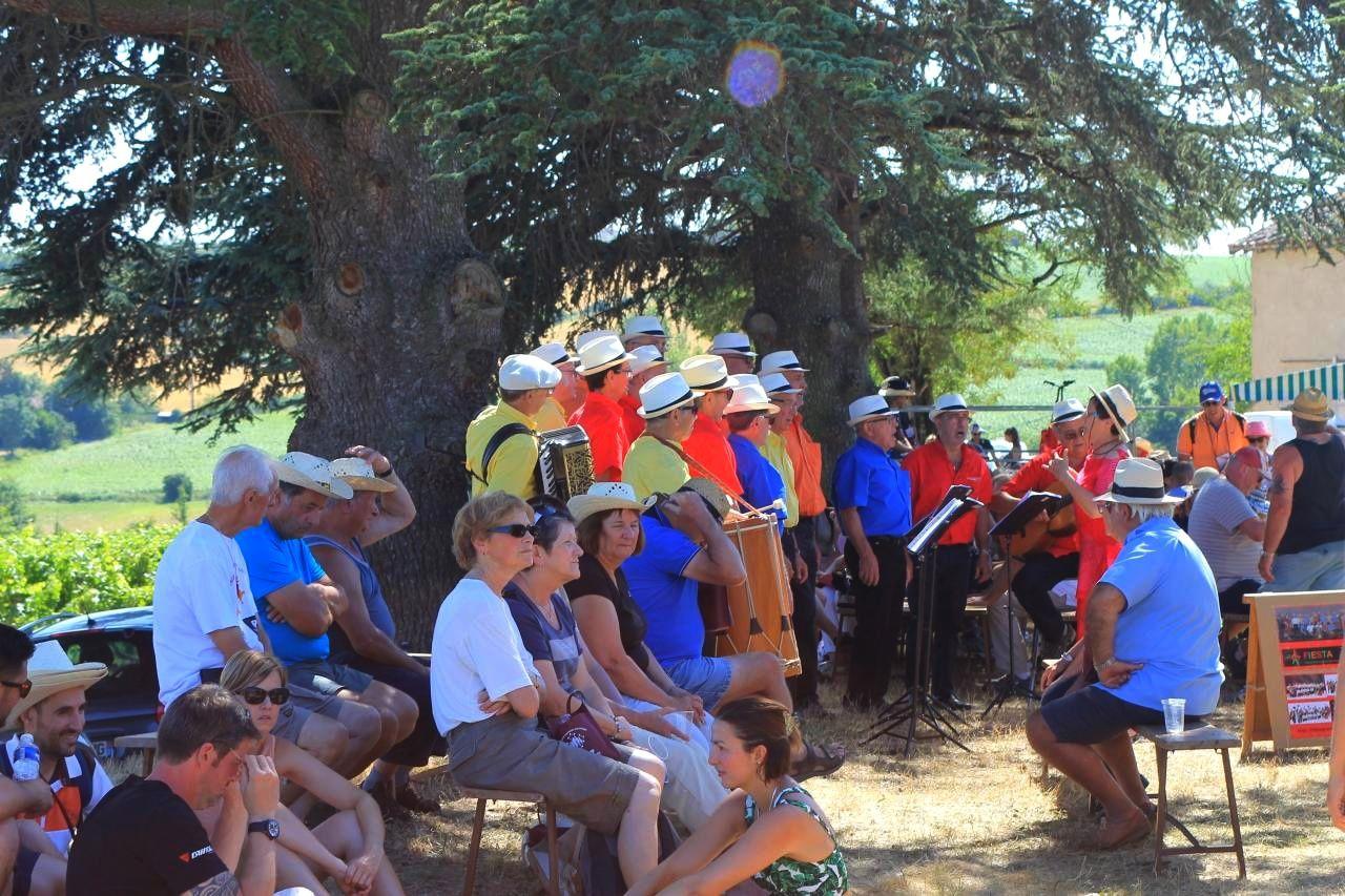 Fiesta à la Promenade Gourmande Gaillacoise