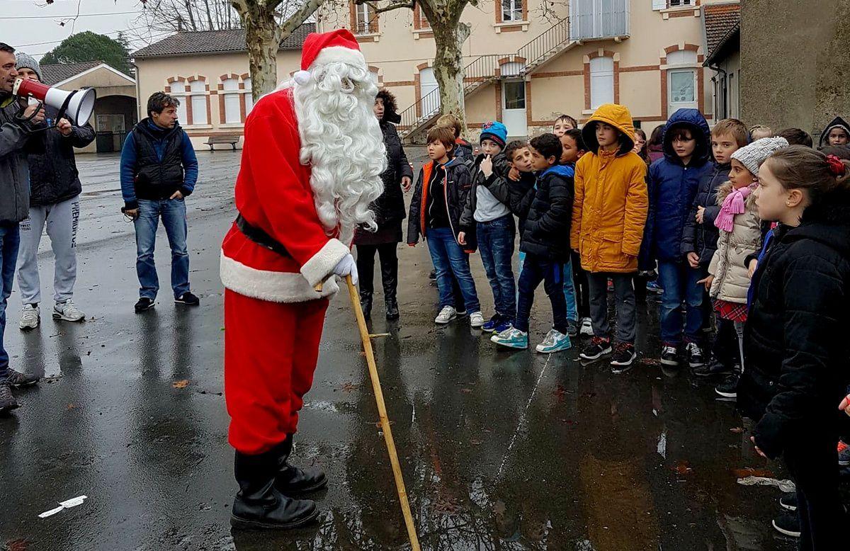 ME : Le Père Noël en visite à l'Albertarié