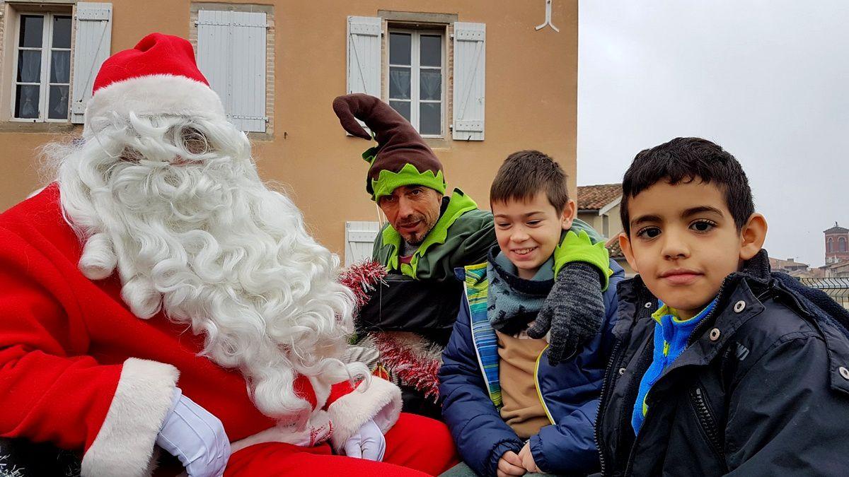 ME Victor Hugo : En calèche avec le Père Noël