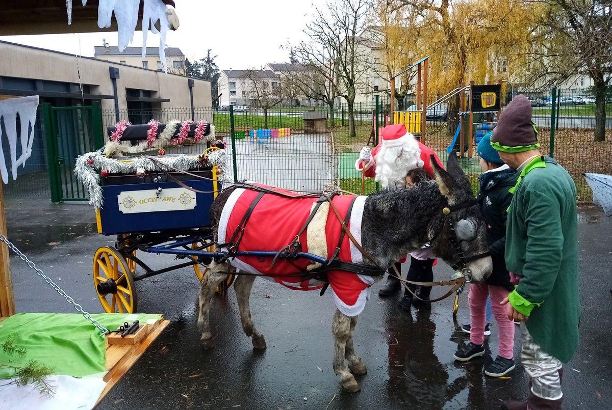 ME En Gach : Calèche de Noël et spectacle
