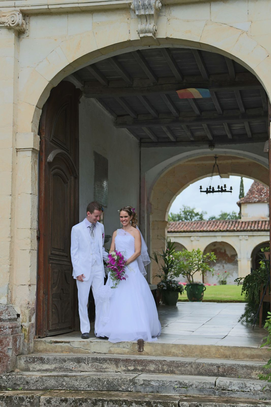 mariage au château de Gaujacq vu par Kevin Burrows