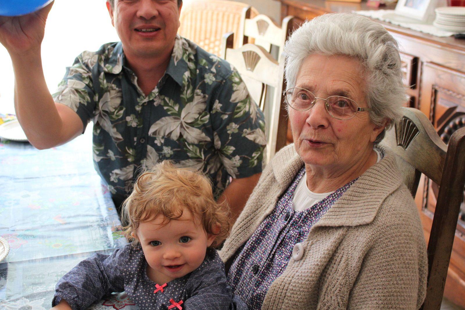 Quand Madonie rencontre ses arrières grands-parents à Dax (11--24 avril)