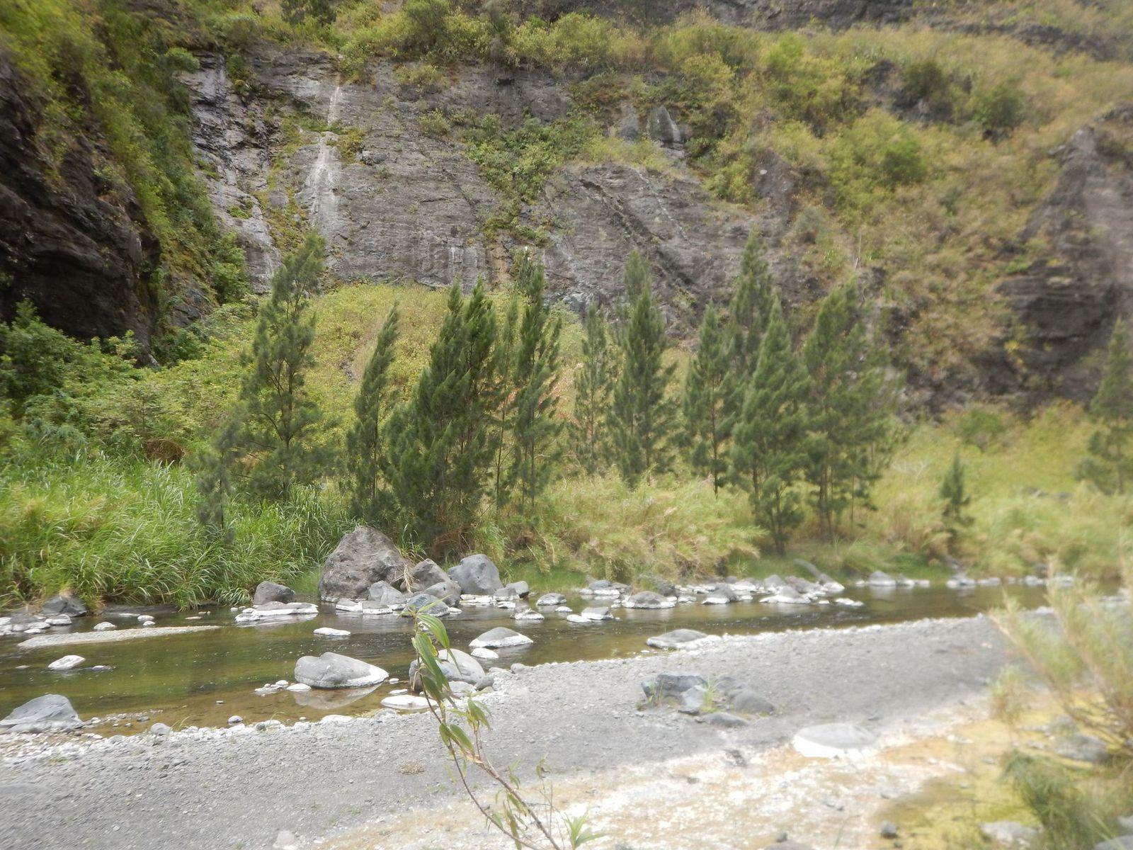 Mafate 11 novembre 2018 par rivière galets