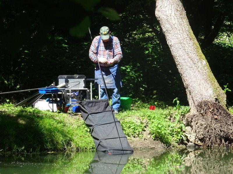 Une matinée de pêche à la cascade de Périgny-sur-Yerres !!!!