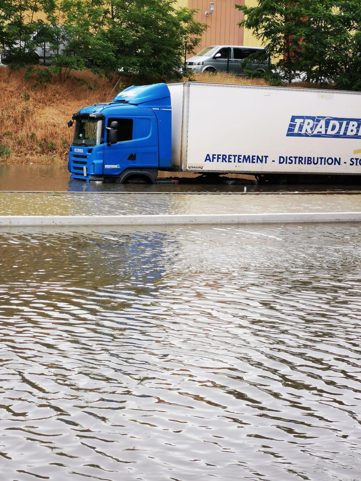 Inondation sur le RN19 !!!