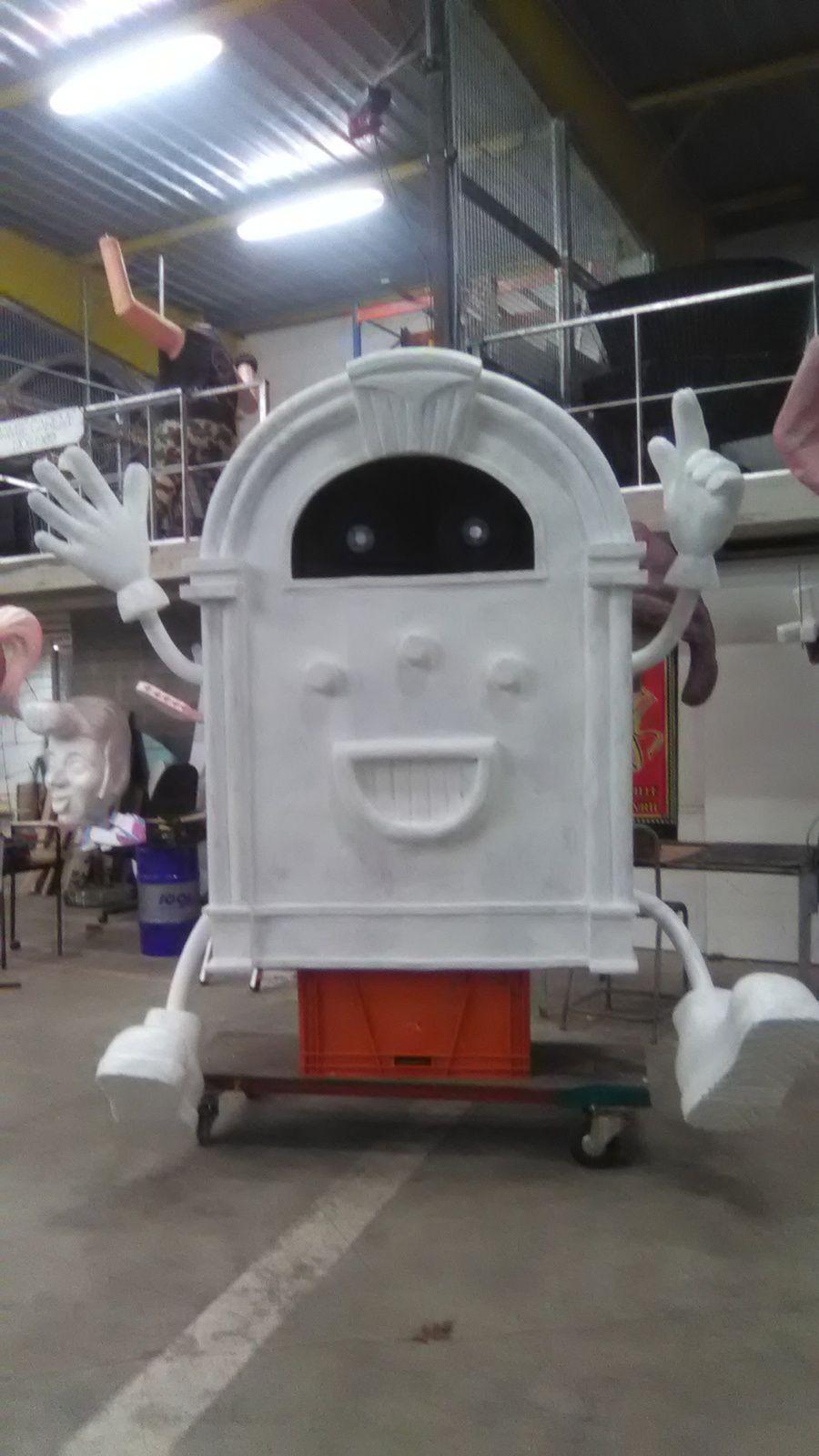 Le juke box prêt pour la peinture