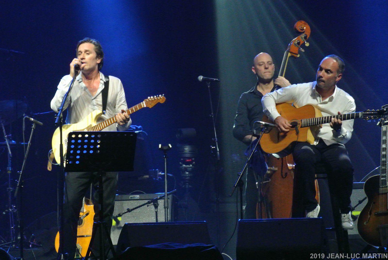 THOMAS DUTRONC: DISQUE D'OR POUR SON ALBUM FRENCHY