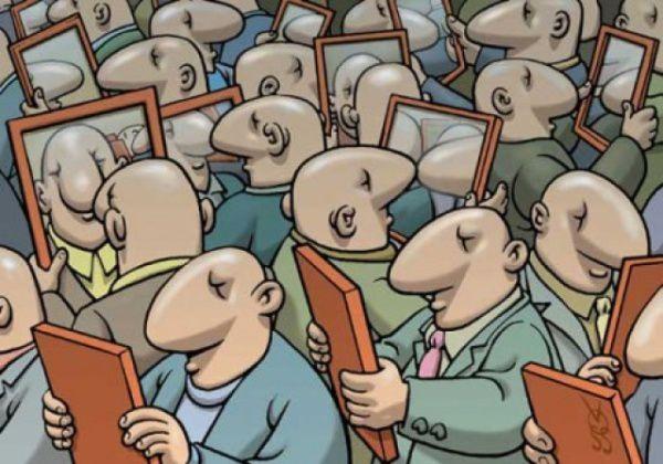 pendant ce temps, les…petits bourgeois…Ne mirant que soi tout le monde va ainsi s'ad-mirant ! La réalité de la domination peut donc faire son travail de sape !