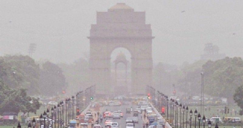 «En raison de la détérioration de la qualité de l'air à Delhi, il ne peut y avoir de compromis avec la santé des enfants. Nous avons ordonné la fermeture de toutes les écoles de Delhi jusqu'à dimanche» jurisprudence Manish Sisodia, vice-ministre en chef de la région de Delhi.