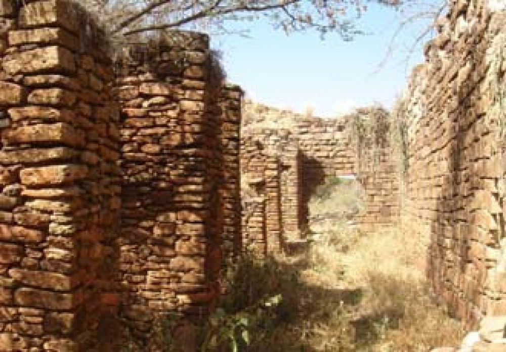 Découvertes d'un Moyen Age glorieux en Afrique que la colonisation avait bien caché...