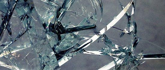 A l'origine Cervaz/prover ….apprendre à observer les articles en verre pour émettre des hypothèses sur les causes de la casse du verre.