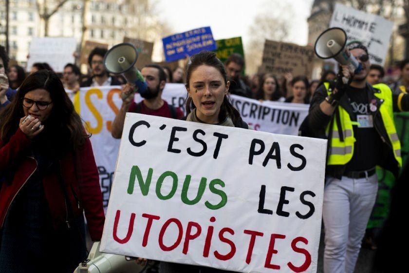 NRV pas utopistes…les seuls vraiment réalistes…rassembler, assembler jusqu'à vaincre les minorités sectaires au pouvoir !