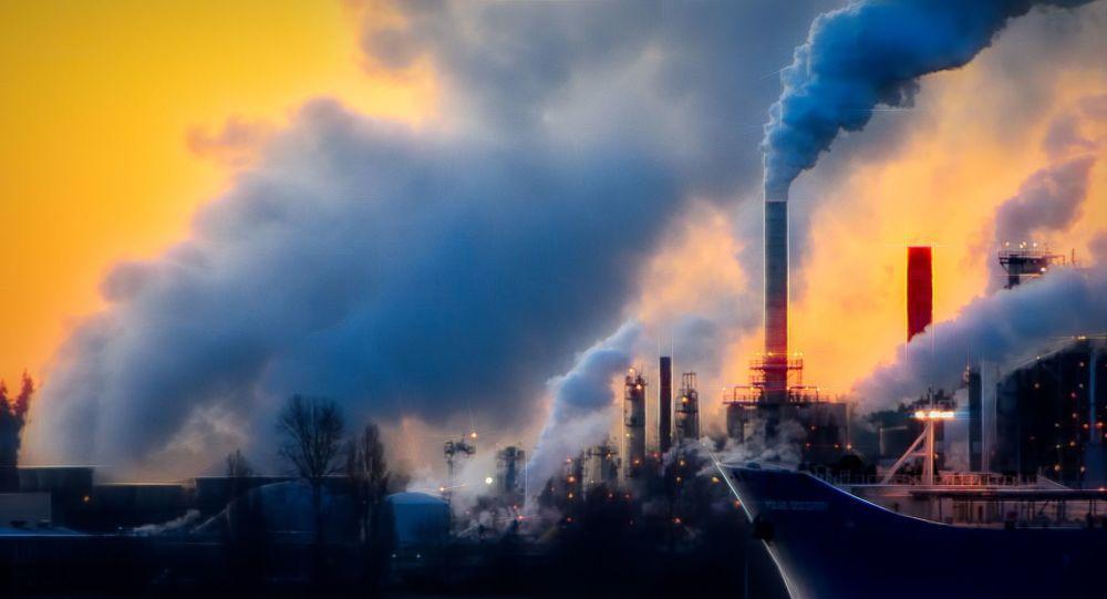 Chris Le Boutillier…«Ce genre de scénario, un déni prolongé suivi d'une décarbonisation provoquée dans la panique, est ce qui préoccupe le plus les banques centrales. Et c'est ce qui se rapproche le plus de la réalité», écrivait en juillet Adam Tooze, professeur d'histoire à l'Université de Yale, dans Foreign Policy.