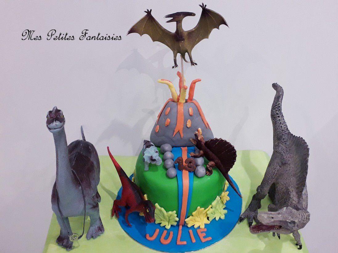 Gâteau Dinosaures pour l'anniversaire de ma fille !