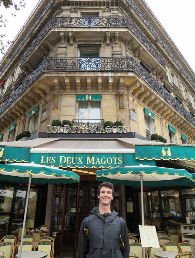 Avant de continuer notre périple, une dernière photo avec Bryce, ce jeune distillateur venu du Montana que j'accompagne à la découverte des cafés mythiques de Paris.
