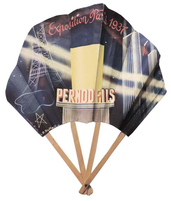 Éventail réalisé pour l'Exposition Universelle de 1937. Au verso, le plan où se situe le pavillon des Établissements Pernod. Coll. Roger.