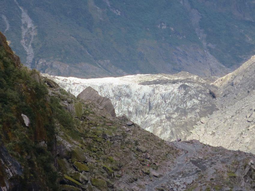 Vues de Fox glacier en redescendant. Ph. Delahaye.