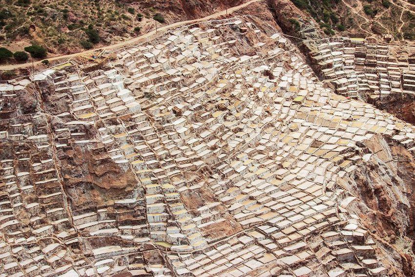 Les salines à presque 3000 mètres d'altitude s'étendent sur 25 kilomètres. Ph. Delahaye.