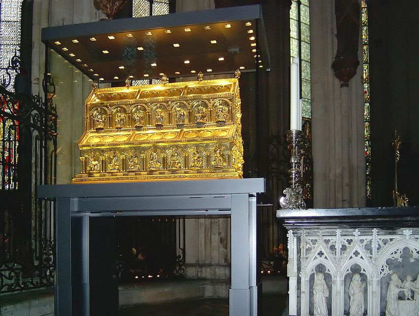 Le reliquaire contenant les Rois Mages. Ph. Arminia.