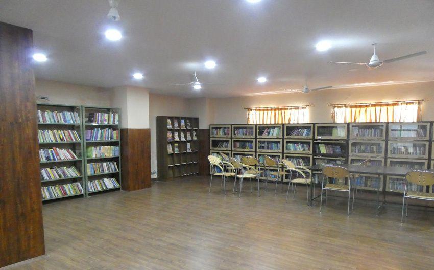 Vue de la bibliothèque. Ph. Delahaye.