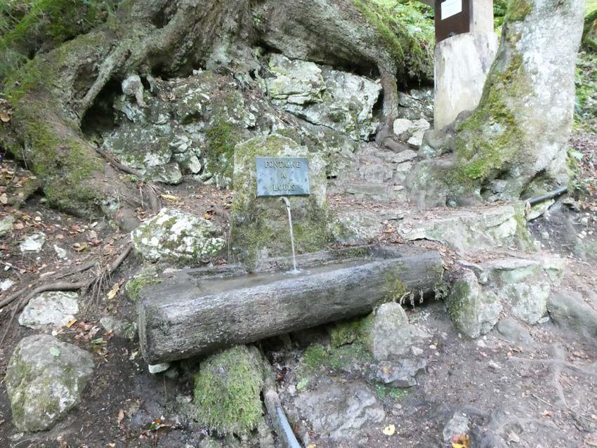 La Fontaine à Louis. Ph. Delahaye.