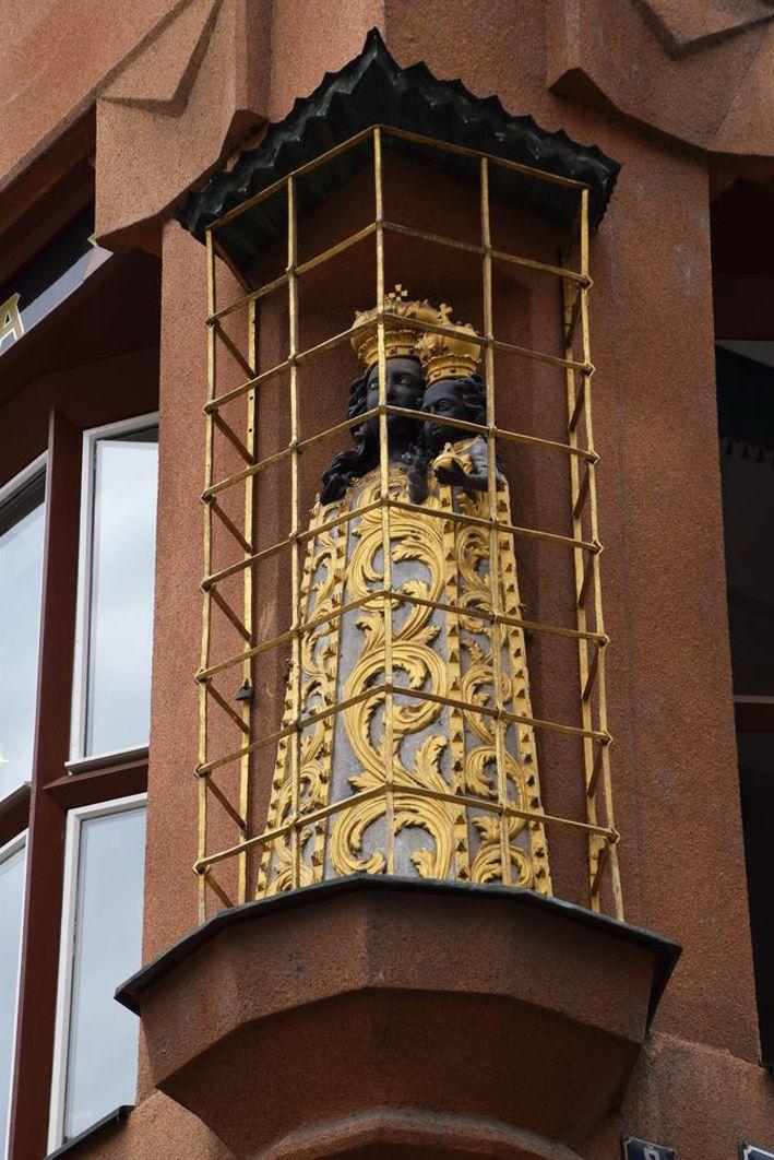 La statue de la Vierge noire. Ph. Prague.net.