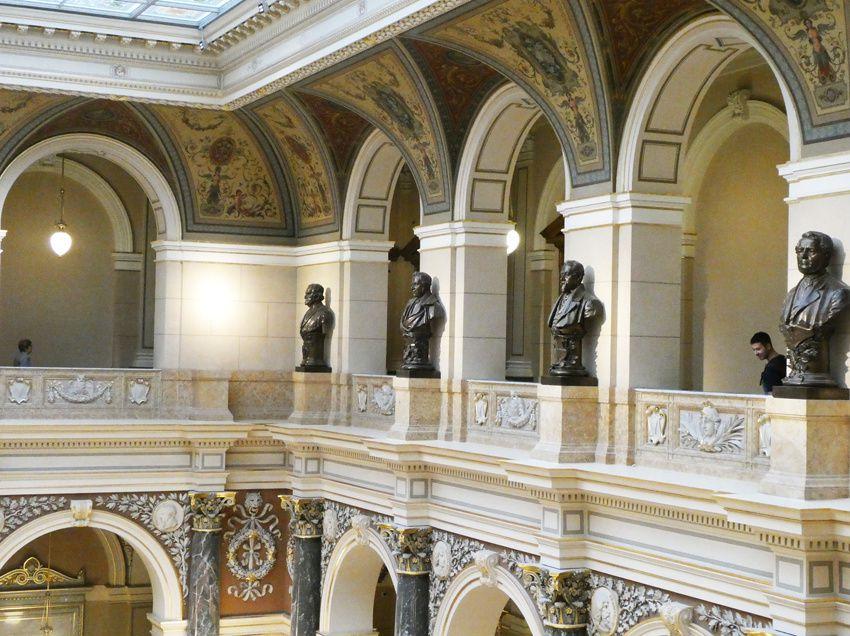 Intérieur du Musée national. Ph. Delahaye.