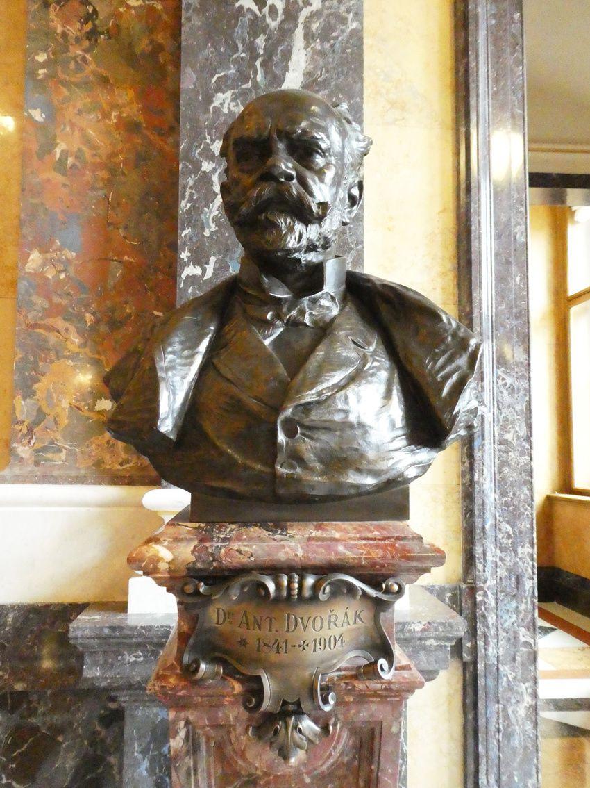 Dvorak, compositeur et musicien. Ph. Delahaye.