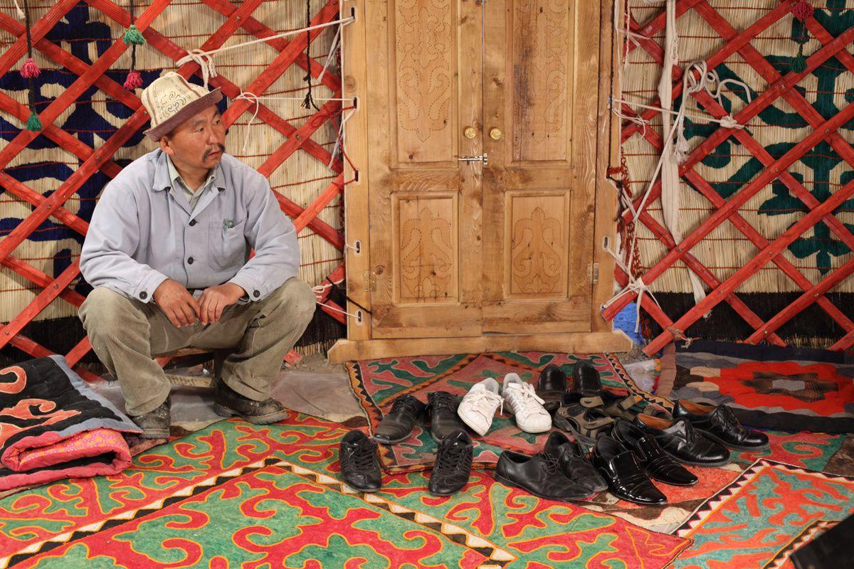 Le voleur de lumière (2010) Aktan Arym Kubat