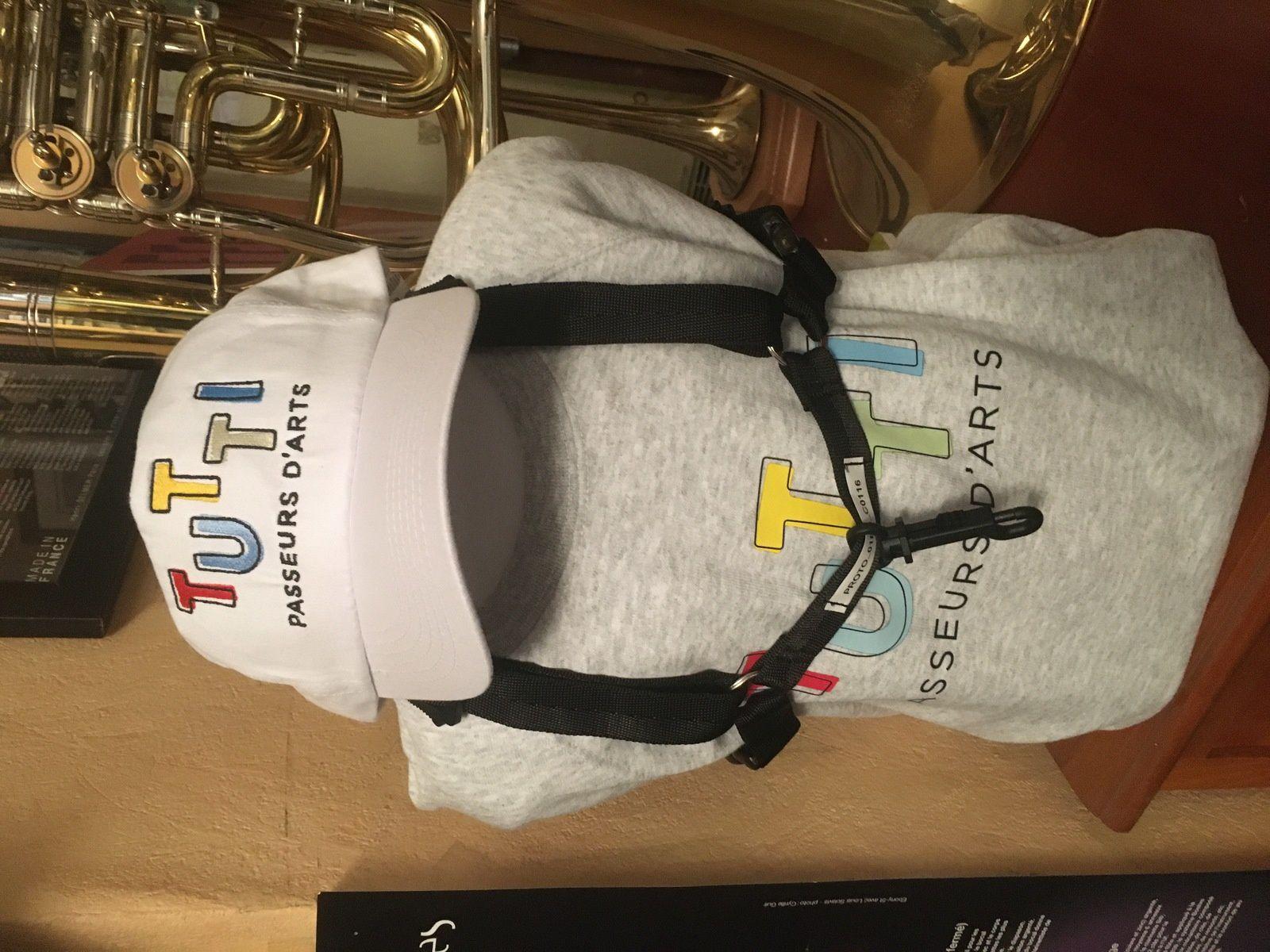 Prototype de harnais pour très jeunes saxophonistes