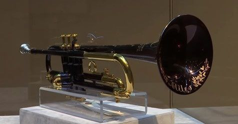 "La trompette ""Kind of Blue"" de Miles Davis : 275.000$"
