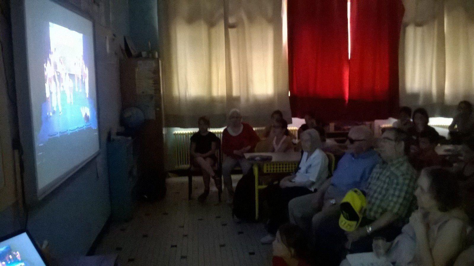Dernière rencontre de l'année avec nos ainés pour la classe de Me Dufour à St Sylvestre