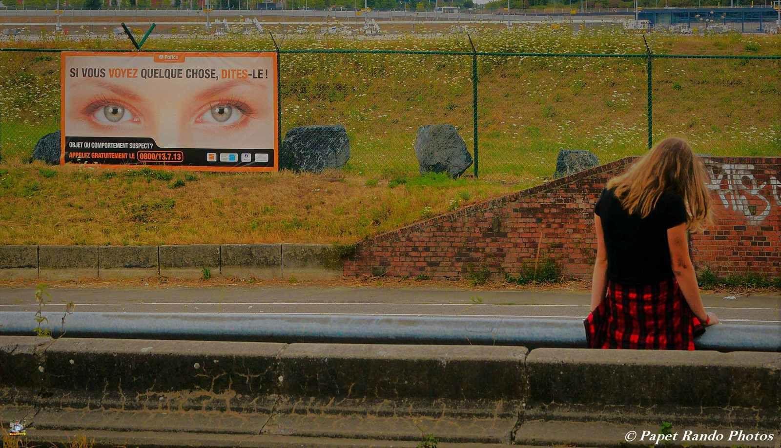 Depuis le mois de juin en route vers Hong Kong, depuis Charleroi, ( j'habite a 1 km alors chaque fois que je passe des photos )