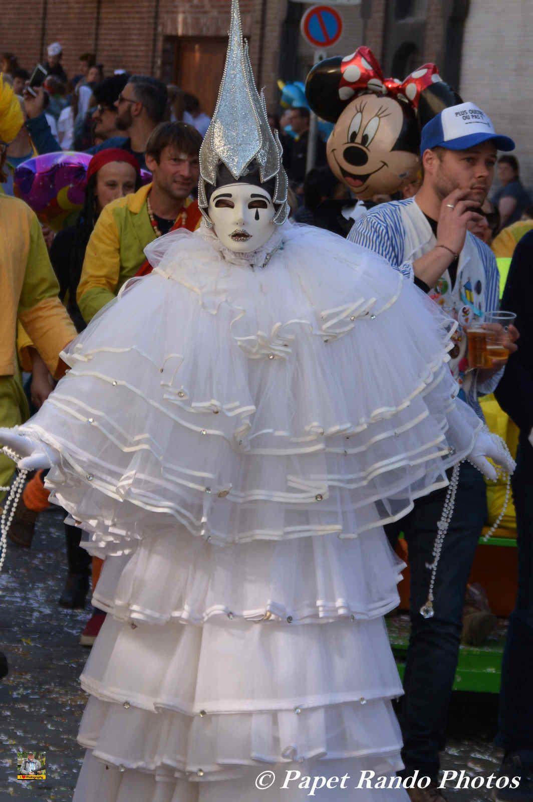 Un Carnaval a voir, avec une Bonne Ambiance, le point fort pour moi, des participants extra, sympa, ( pas toujours le cas, car a des endroits certains ont la grosse tete) un vrai plaisir pour les photographes MERCI