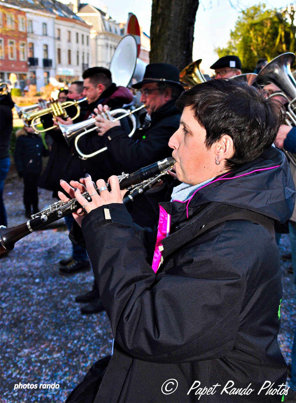 Photos sur plusieurs années de photos, les vrais Carnavals-Cavalcades de nos régions, ou le vrai Floklore toujours en avant : Gilles a Fleurus, Ecaussinnes,Charleroi,Nivelles, Binche, + les incontournables Vraies Cavalcades