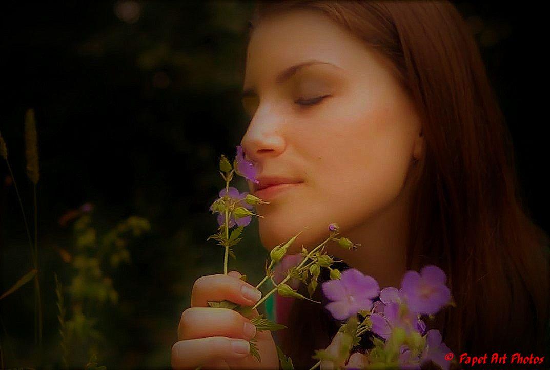 Une Fleur dans les Fleurs, grand merci au  modéle