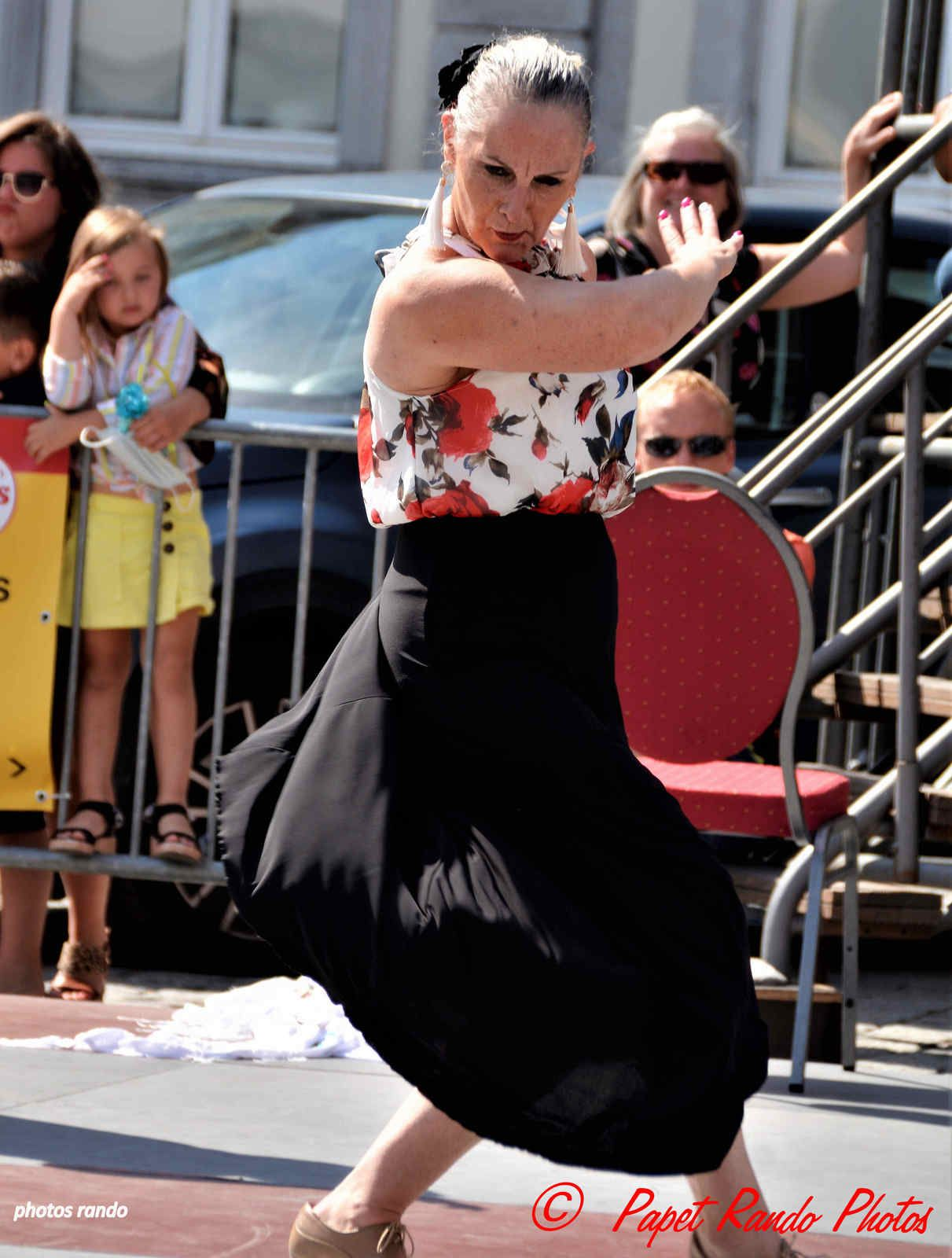 Duende de Flamenco Grand Place de Mons ( 2é passage) toujours sous le soleil 12 juillet 2020