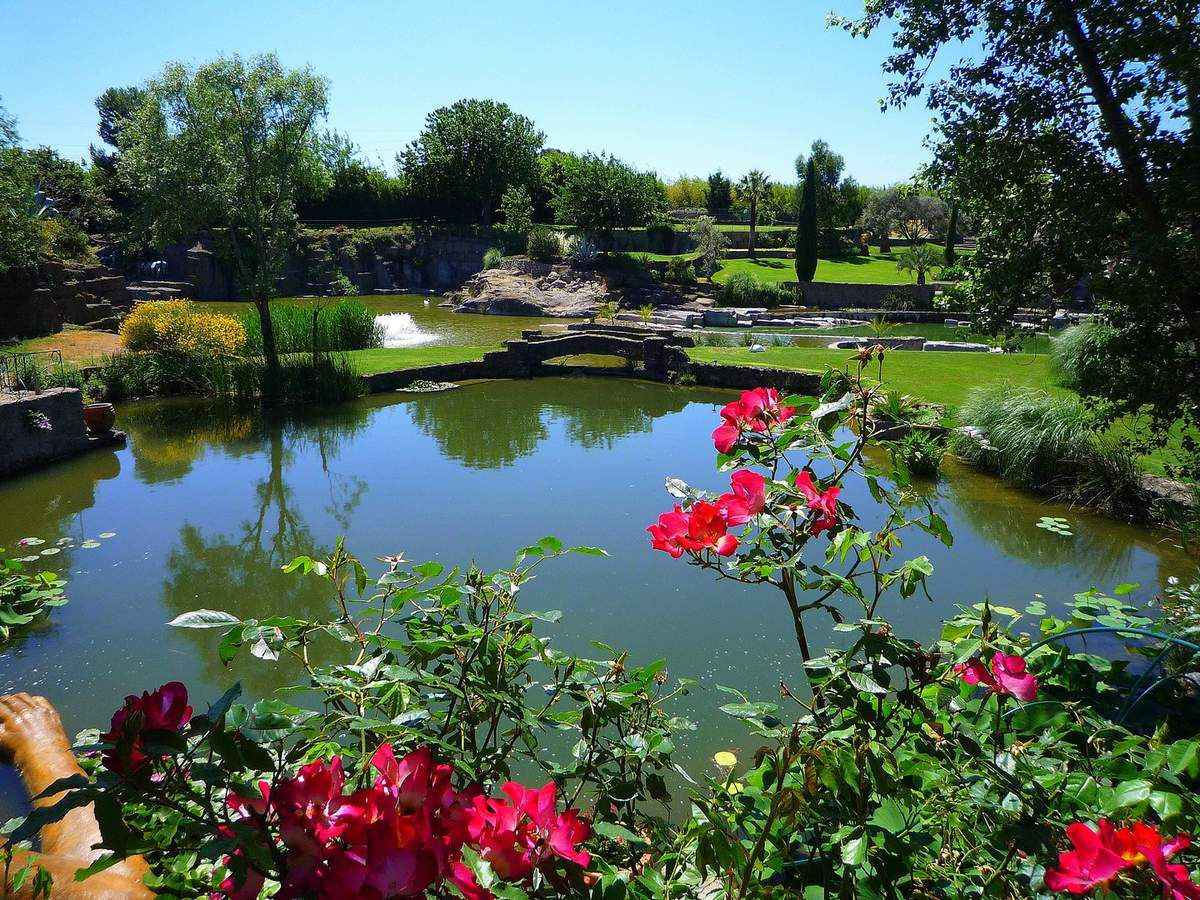 Diaporama proposant quelques instantanés des jardins (mai 2011, images personnelles)