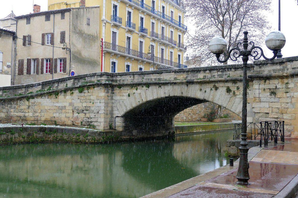 Les quais du Canal de la Robine (janvier 2016, images personnelles)