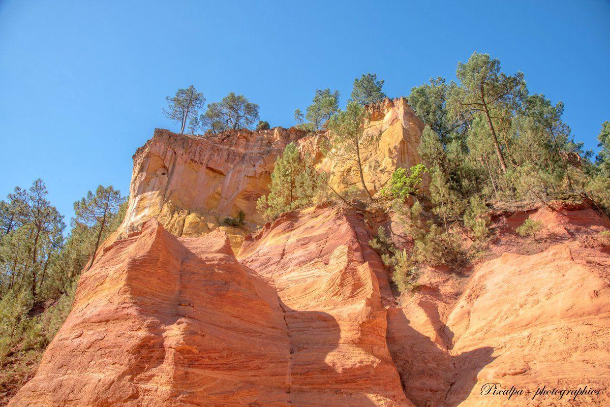 Roussillon en Provence, le sentier des ocres ...