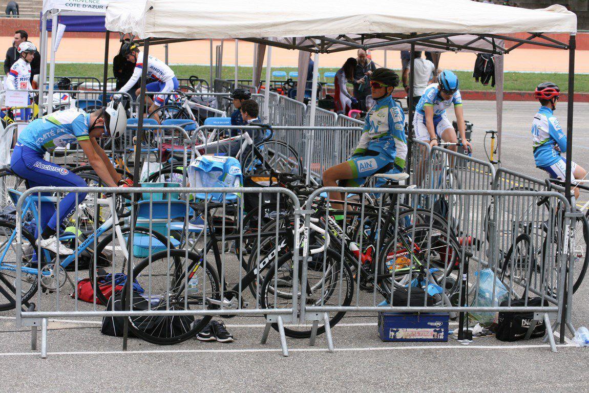 Piste : finale de l'interrégion cadets au vélodrome Georges Préveral  à Lyon et épreuves d'encadrement pour les minimes