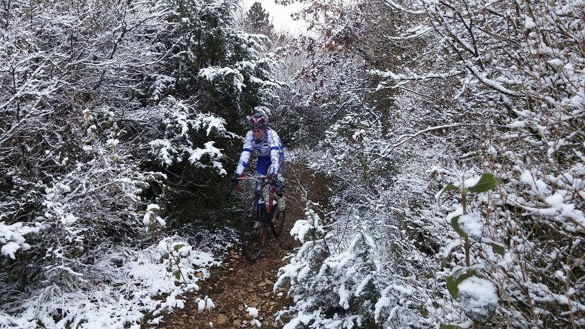 6 cyclocross mens et women ont bravé le froid et la neige !